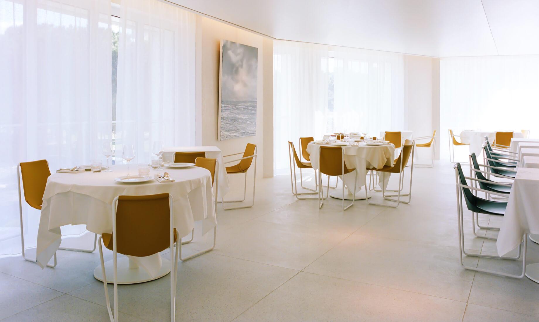 Arredamento ristorante design L'Arbre