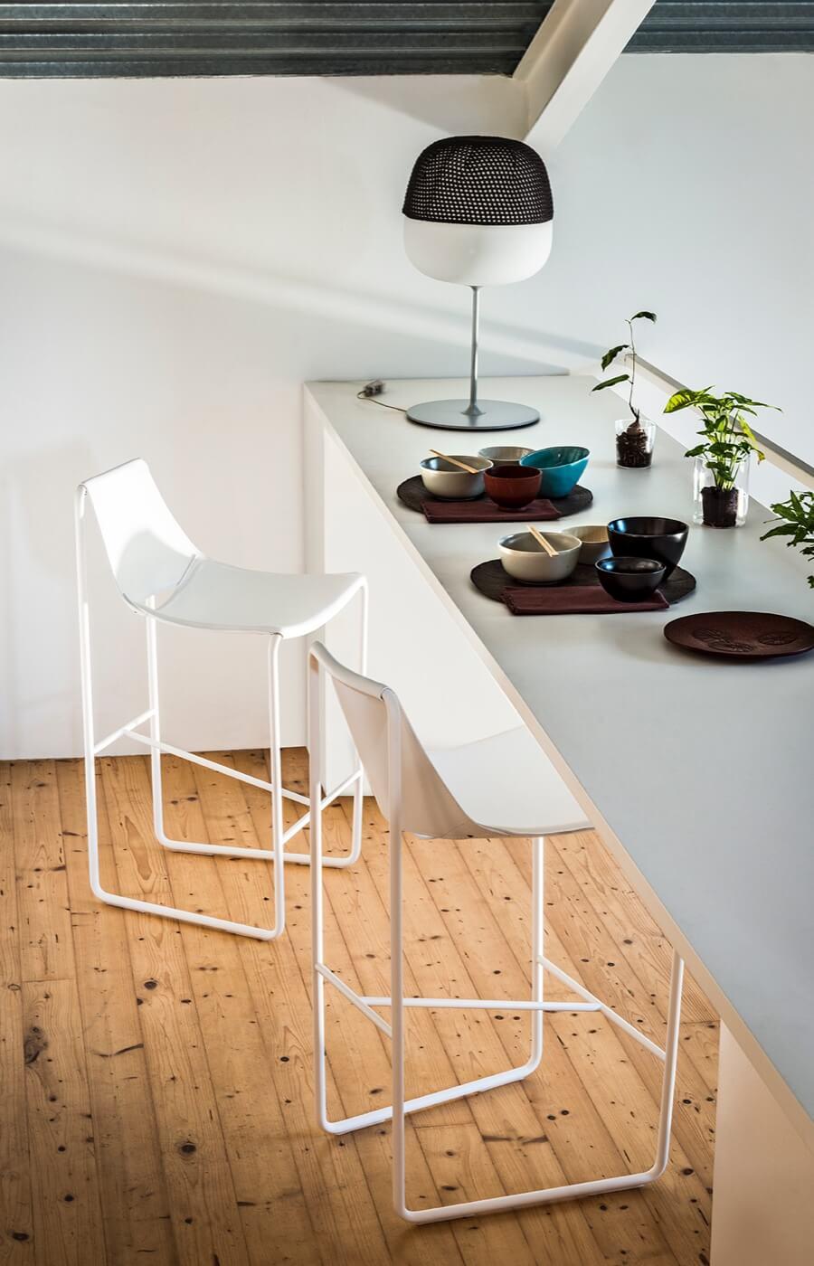 Sgabello Apelle, design Beatriz Sempere