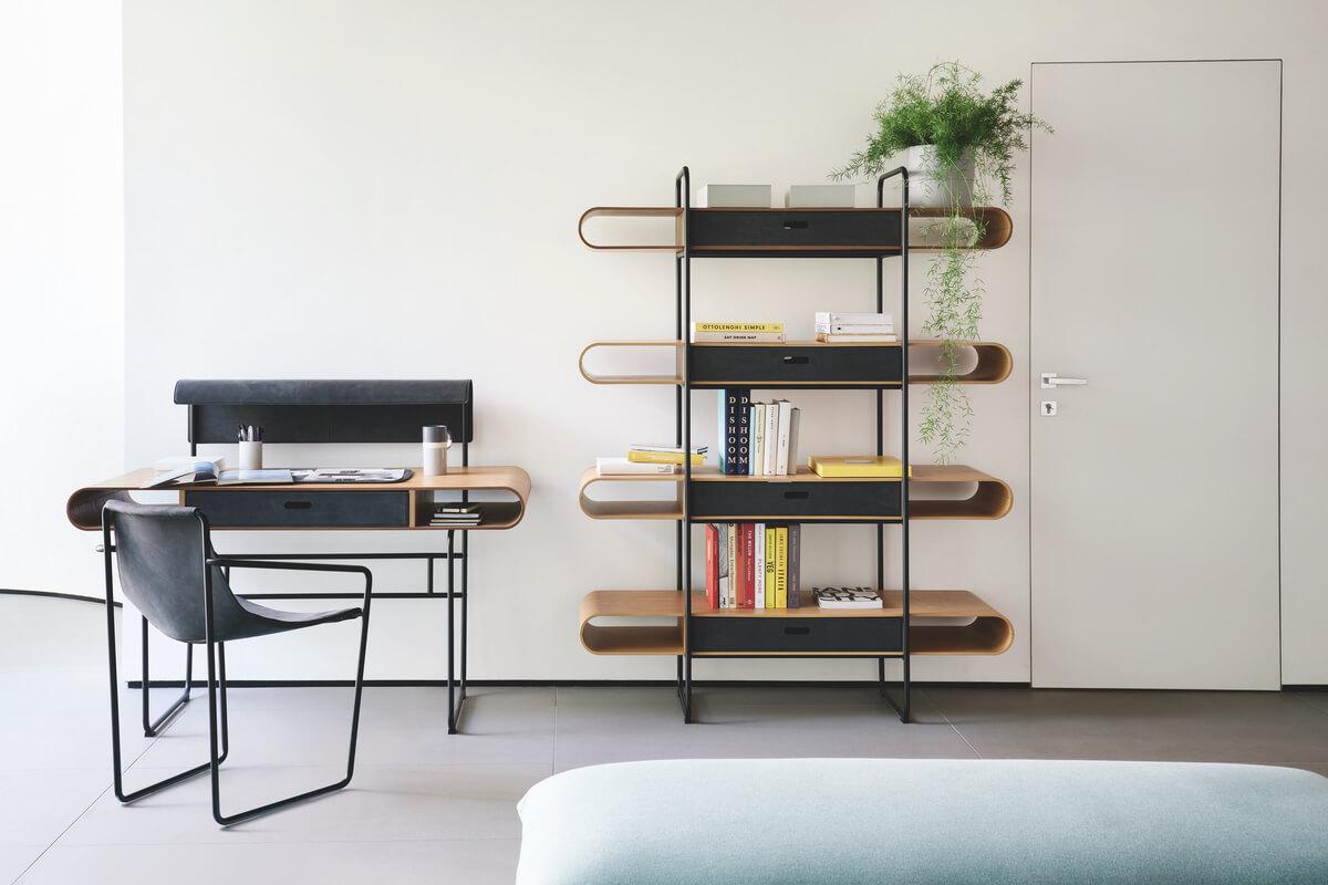Angolo studio di casa: estetica e funzionalità accompagnano creatività e concentrazione