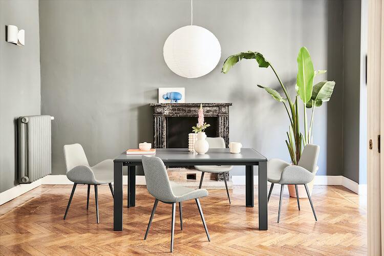 Tavolo quadrato allungabile e sedie Dalia