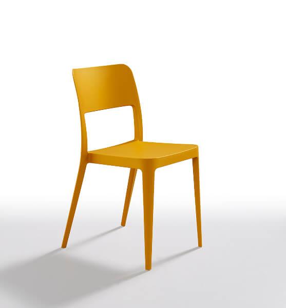 Chaise en plastique Nenè