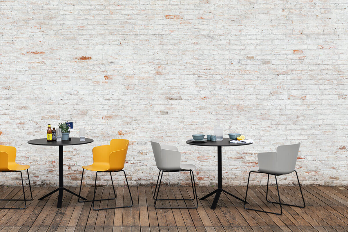 Pantone 2021: a new journey in the world of interior design