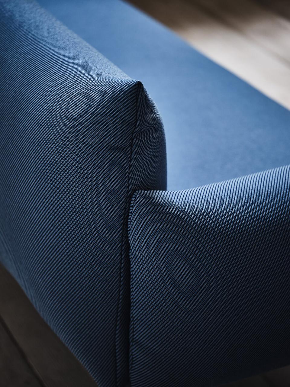 Dettaglio del divano Area in tessuto blu