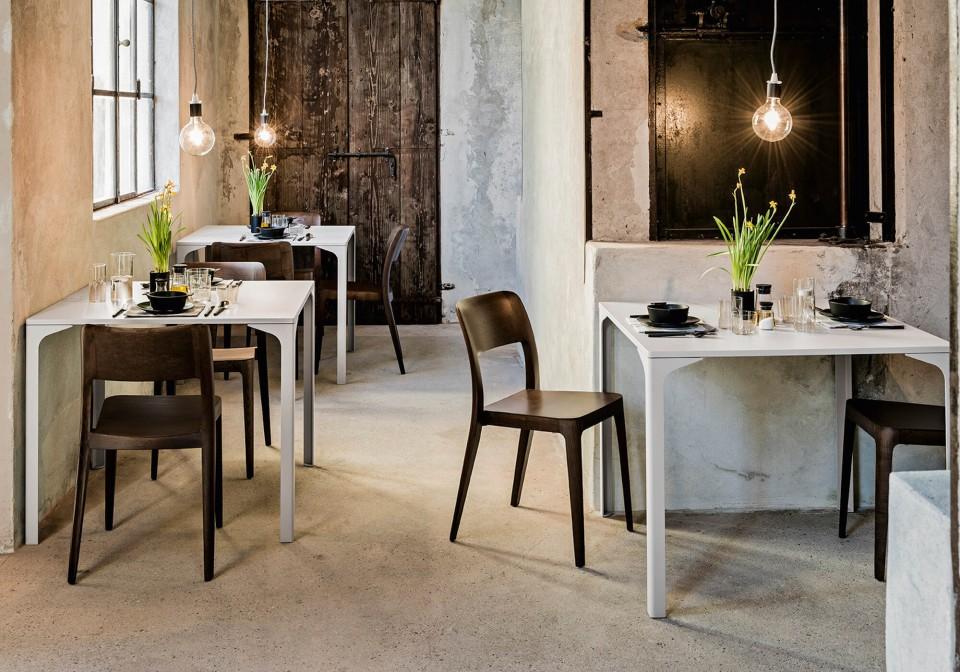 Armando Midj white restaurant and bistrot table