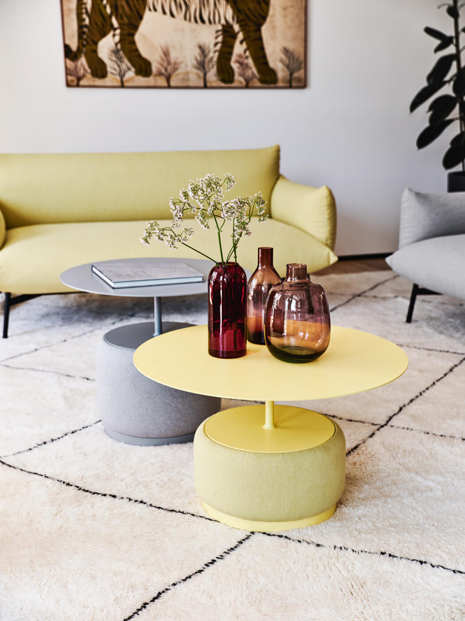 Bloom coffee tables in yellow and grey versions