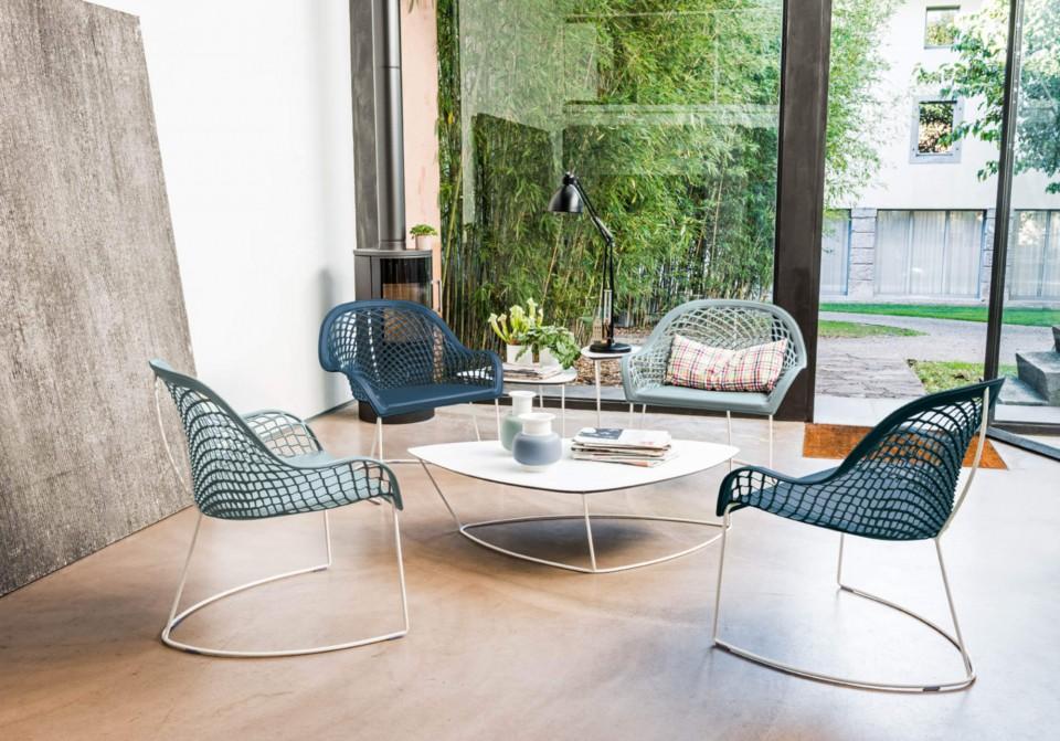 Guapa fauteuil d'attente avec structure en métal et assise en cuir bleu et bleu