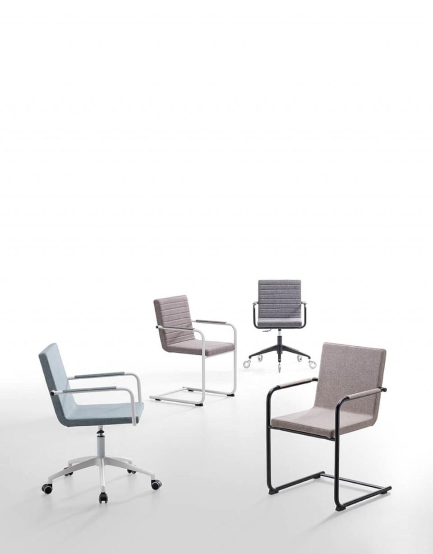 H5 fauteuil avec structure en métal et assise rembourrée en tissu blanc