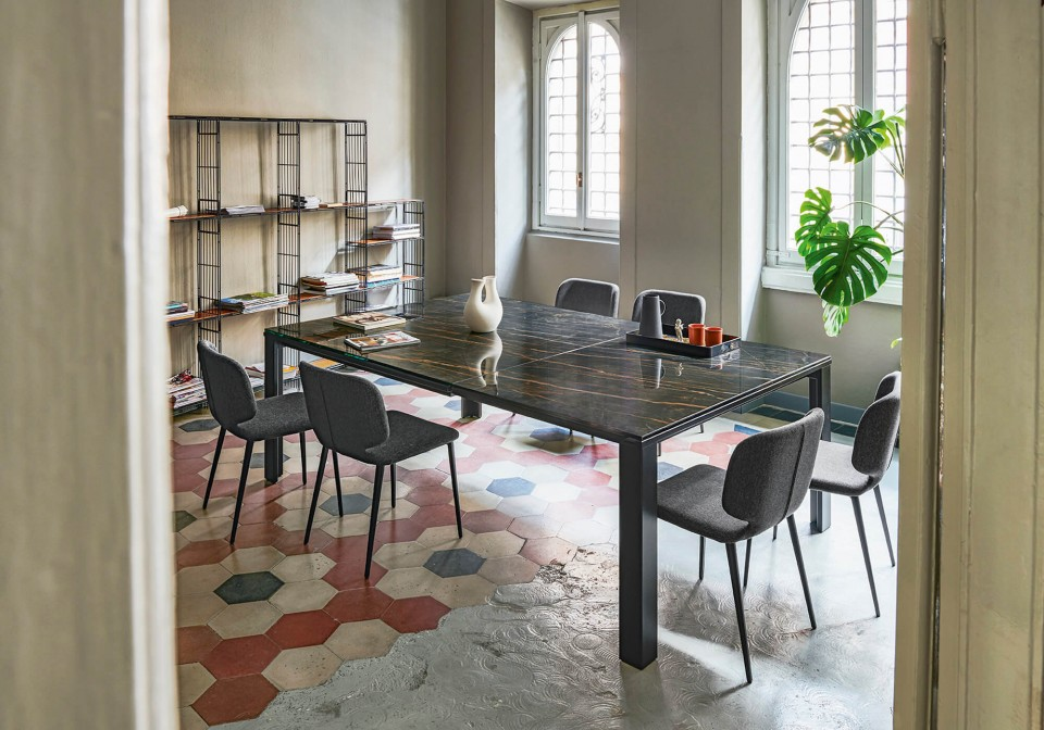 Marcopolo extendable square table with four-leg base in black metal, top and extensions in crystalceramic with noir desir marble effect