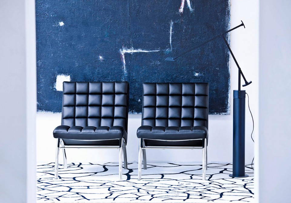 Marsiglia waiting room chair with black leather seat