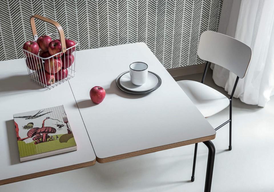 Fauteuils Master avec assise en bois blanc et pieds en métal