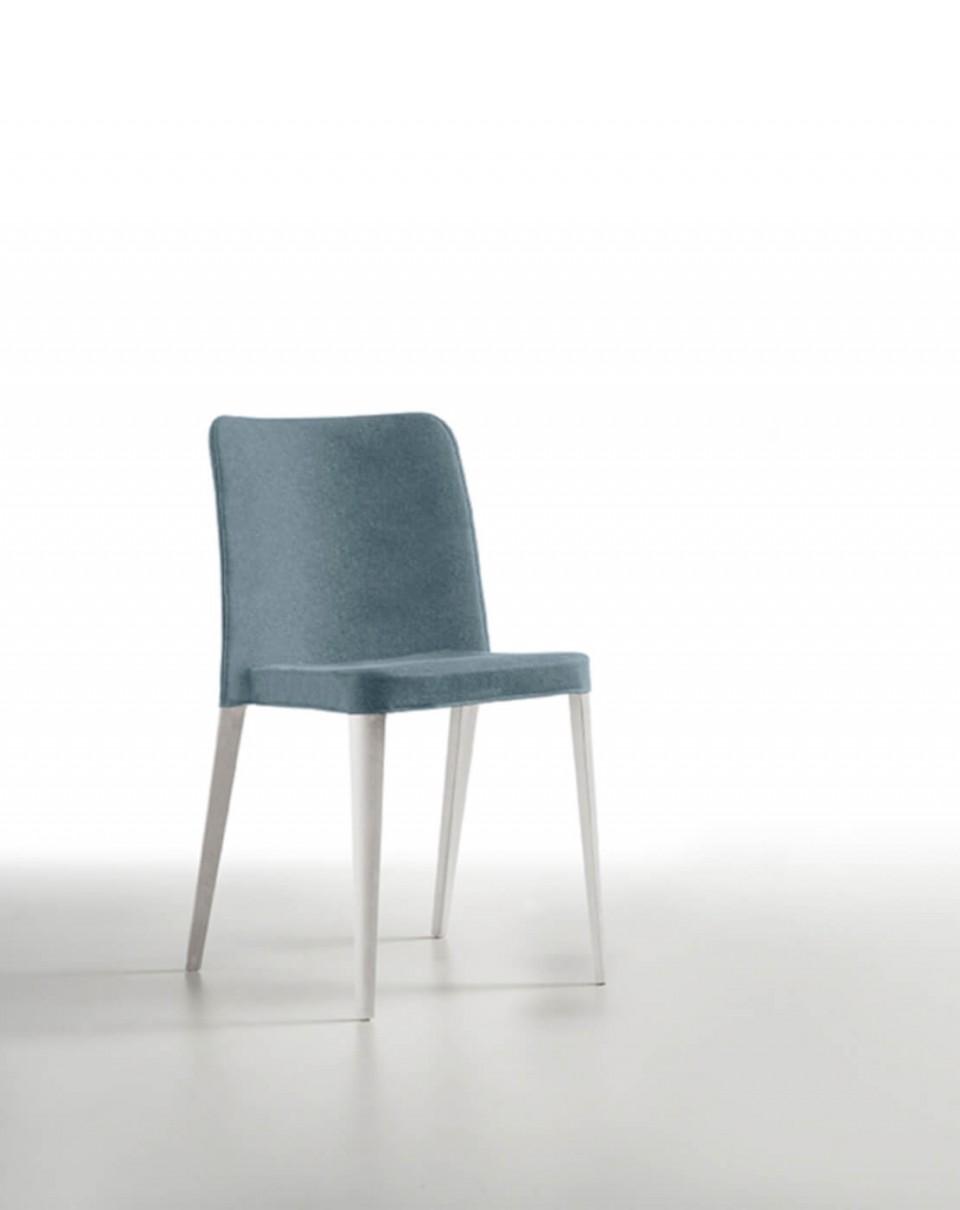 Nenè chair in light blue polypropylene