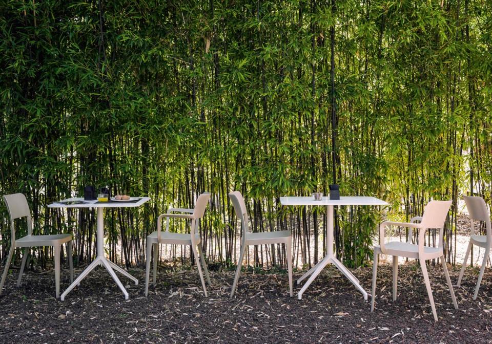 Nenè outdoor chair in beige polypropylene