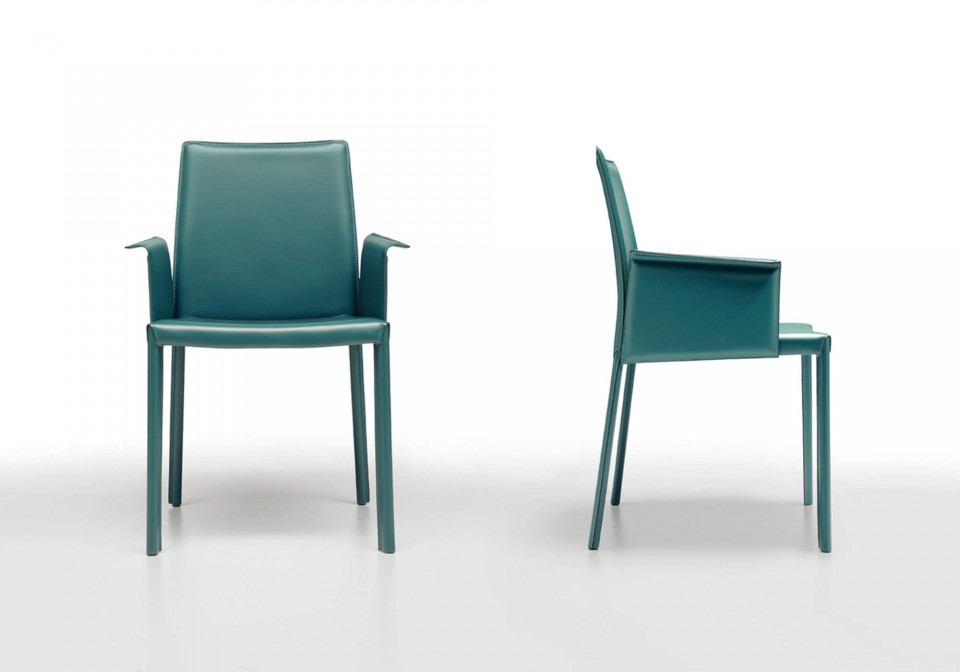 Nuvola low back armchair entirely covered in green hide