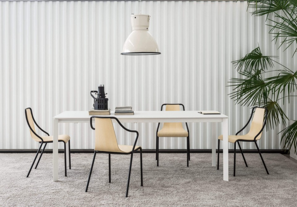 Ola table chair with wooden seat and painted metal structure