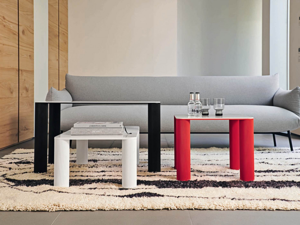 Paw coffee tables
