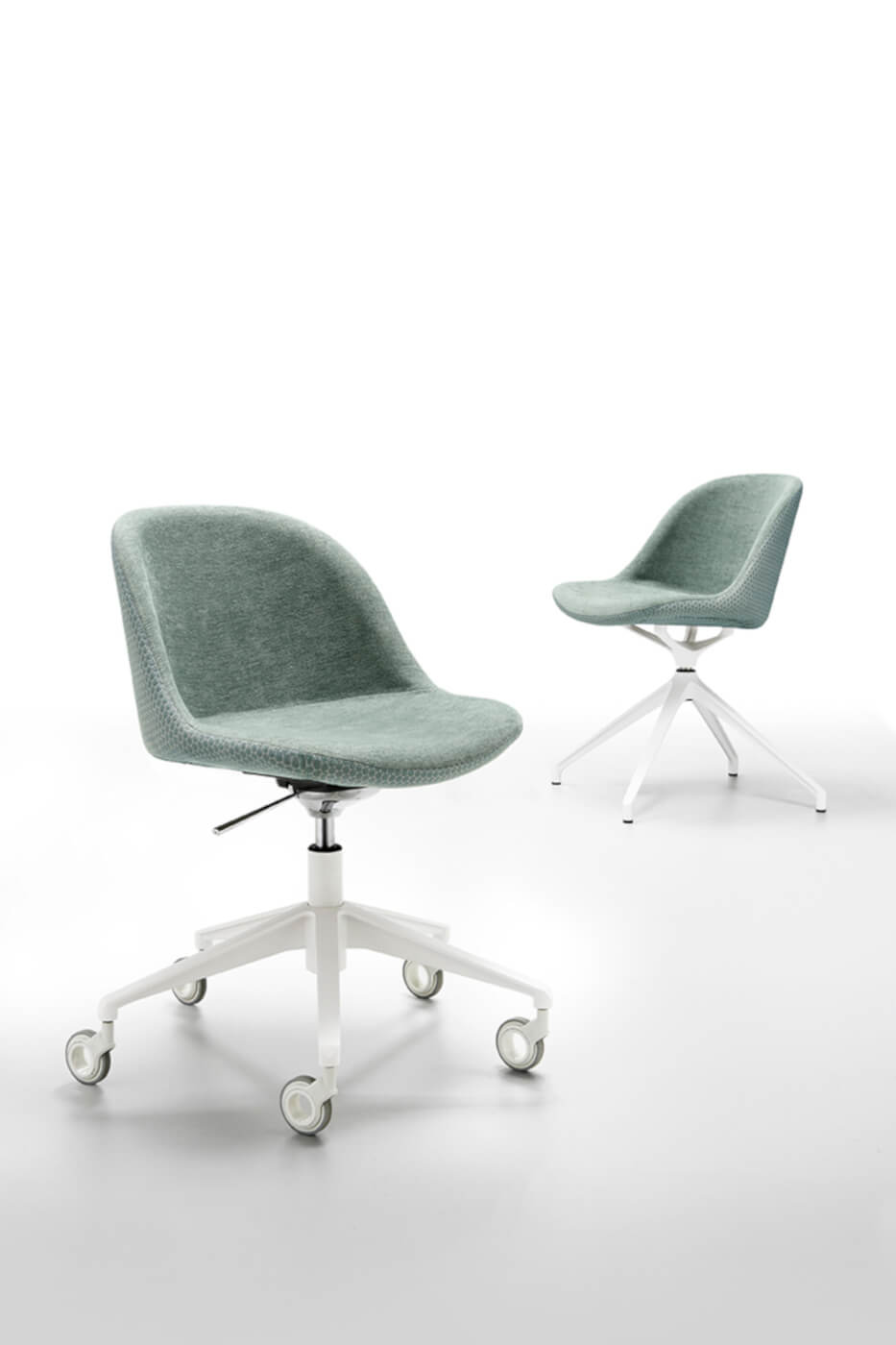 Sonny chair with wheels with green fabric seat and white metal base