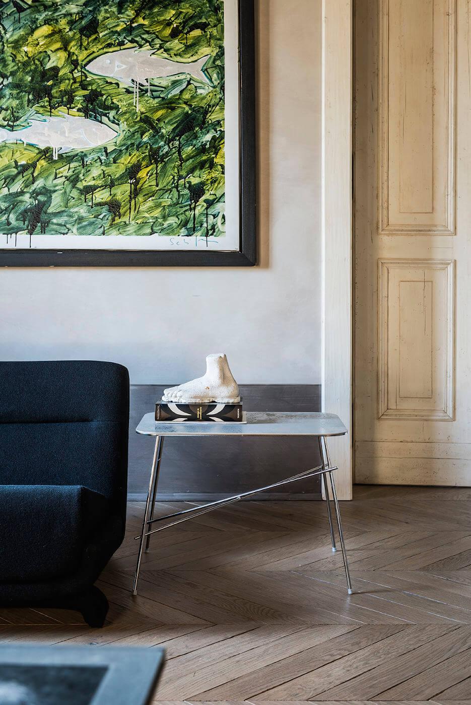 Coffee table Walter con gambe in metallo cromato e piano in ceramica finitura oxide corda