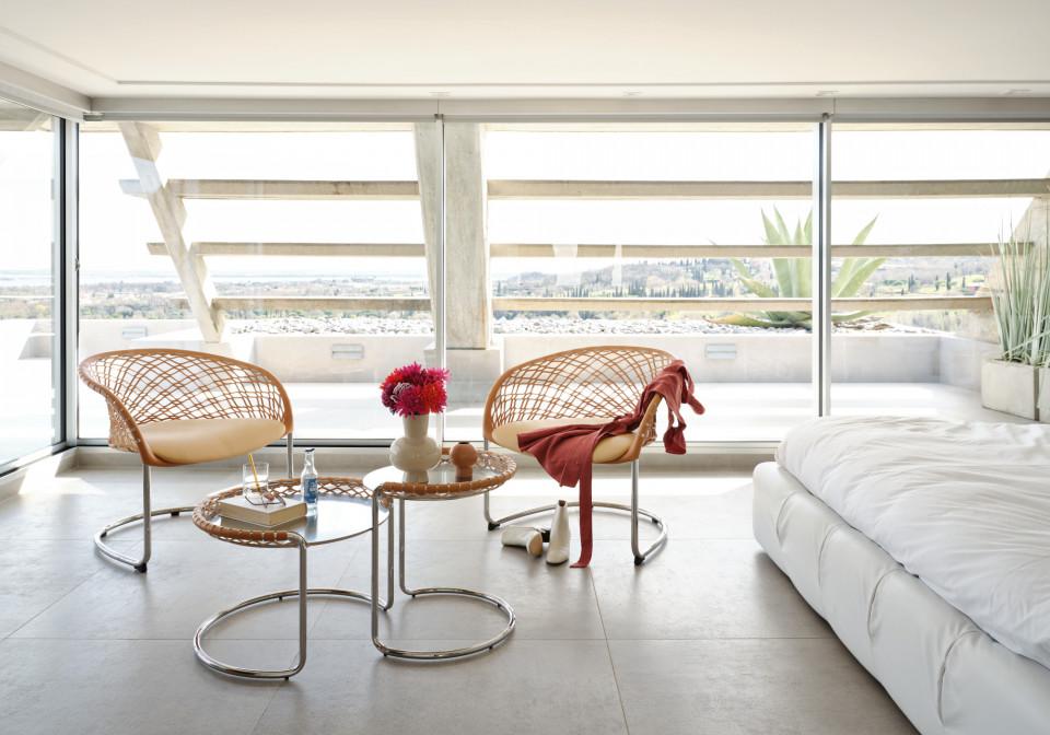 Fauteuil lounge P47 en cuir naturel