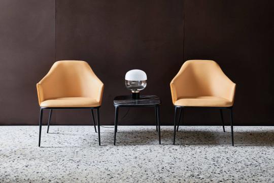 Coffee table Lea con poltrone da attesa Lea