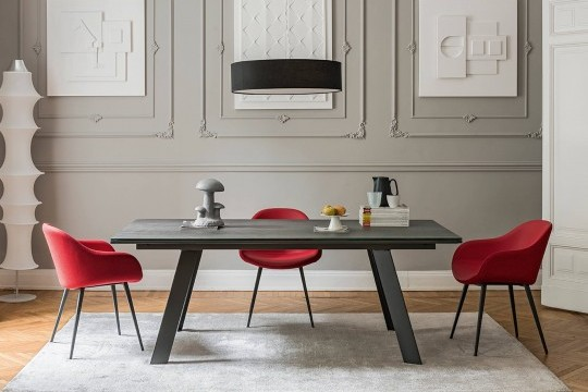 Alexander extendable table by Midj