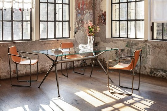 Brioso desk with metal frame vintage effect and glass top