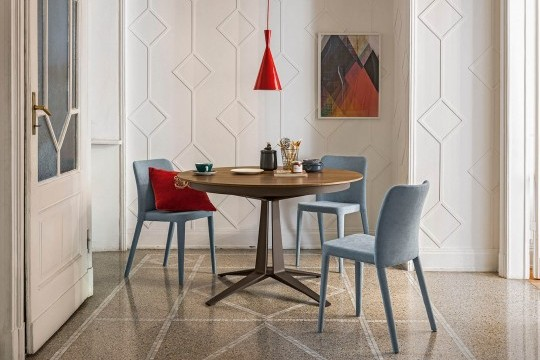 Link table ronde extensible avec base en métal marron et plateau en bois