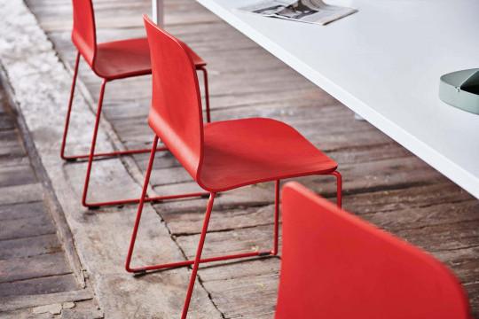 Particolare della sedia liù rossa