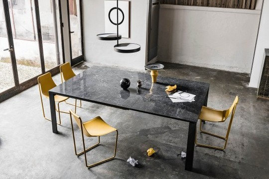 Marcopolo extendable table with four-leg base in black metal, top and extensions in crystalceramic with black Greek marble effect