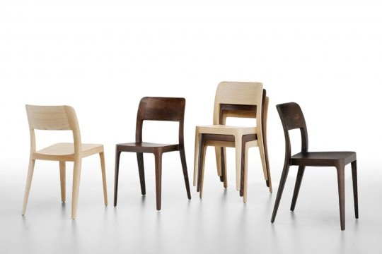 Nenè chair in beige and dark brown wood. These chairs are stackable