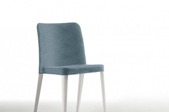 Nenè chair in light blue polypropylene