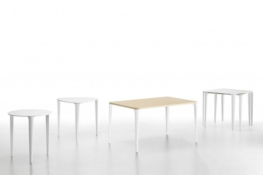 Complete collection of Nenè tables in the triangular, round, rectangular and square versions