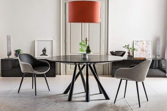 Sonny design chair with black velvet seat and metal base