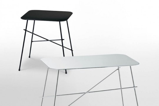 Walter coffee table in black square version and in rectangular version with chromed metal legs and stainless steel top
