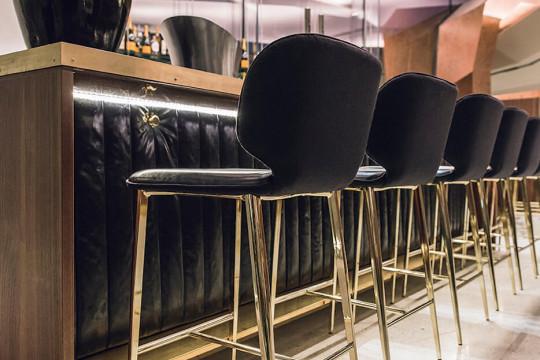 Tabourets de bar Wrap en finition personnalisée