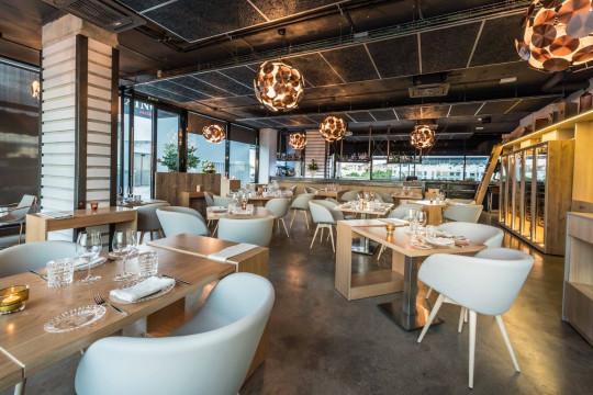 Poltrone imbottite di design per ristorante