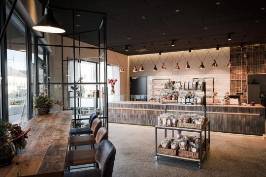 Bar stools mod wrap by Midj in grey